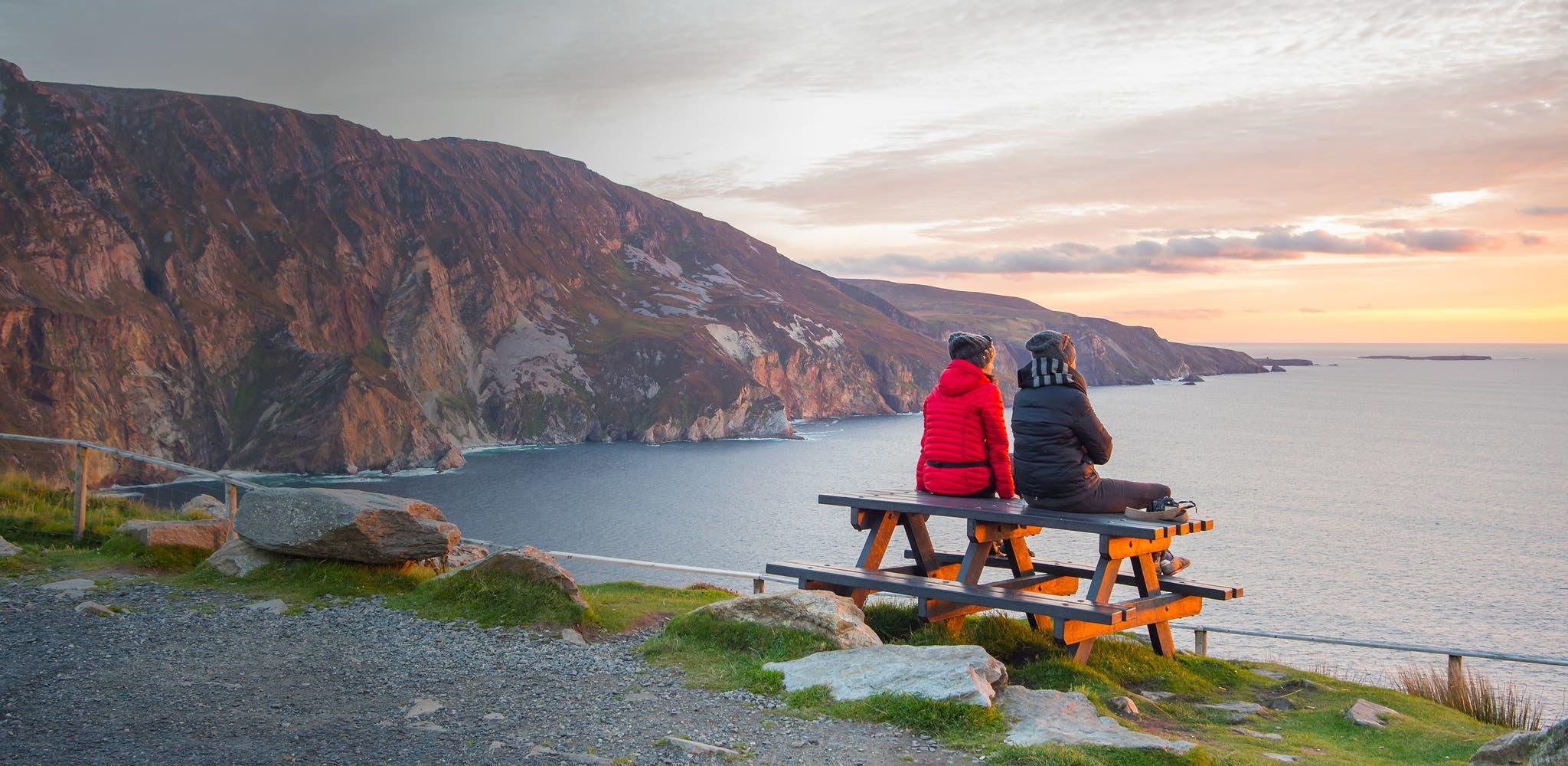 dating in Ierland meer dan 50 wat een vent je dating te krijgen